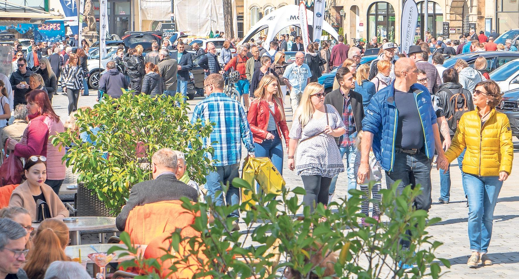 In Bayreuth gibt es einige Geschäfte mit sehr positiven Werten, aber auch einige Läden, die von den Verbrauchern sehr stark kritisiert werden, hat MF Consulting festgestellt. In Bayreuth sei die extrem breite Spanne zwischen sehr guten und vom Kunden abgestraften Geschäften hervorzuheben. Foto: Archiv/Andreas Harbach