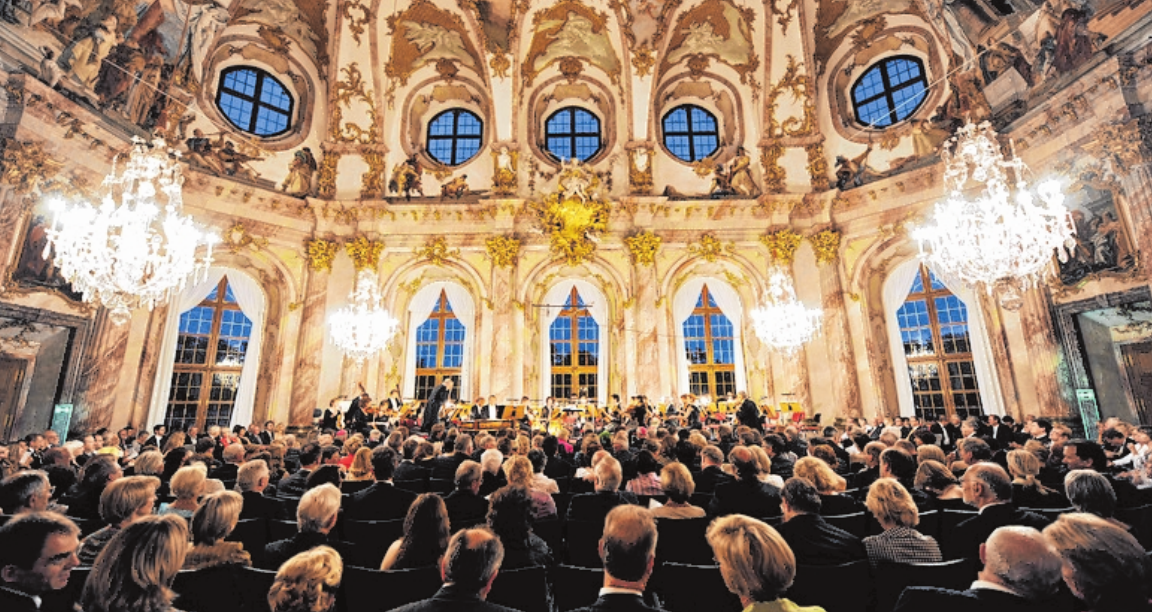 Der Kaisersaal in der Residenz stellt eine prachtvolle Konzert-Kulisse dar. FOTO: OLIVER LANG