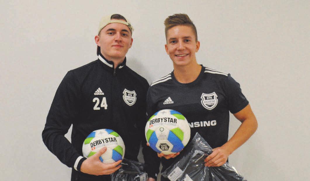 Milo Waldhüter und Nico Kiedrowski vom STK Eilvese setzen sich in Barsinghausen die Krone auf. FOTO: ANGELO FREIMUTH