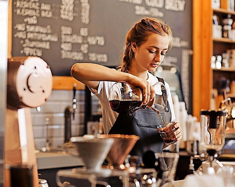 Coburgs Bäckereien und Cafés sind beliebter Anlauf- und Treffpunkt. FOTO: YURII MASLAK/STOCK.ADOBE.COM