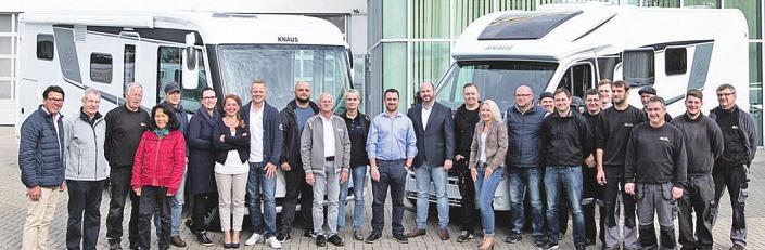 Frühlingsfestwoche in Ratzeburg: Die Wohnmobil-Profis von AL-CAR beraten stets zuverlässig und sachkundig. Neuer Hauptsitz der DOMO-Manufactur in Ratzeburg.Foto: Al-Car