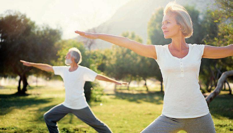 Fließende Bewegungsabläufe wie beim Tai Chi oder Qi Gong sind bei Arthrose besonders empfehlenswert.        Bild: djd/CH-Alpha-Forschung/luengo_ua_fotolia