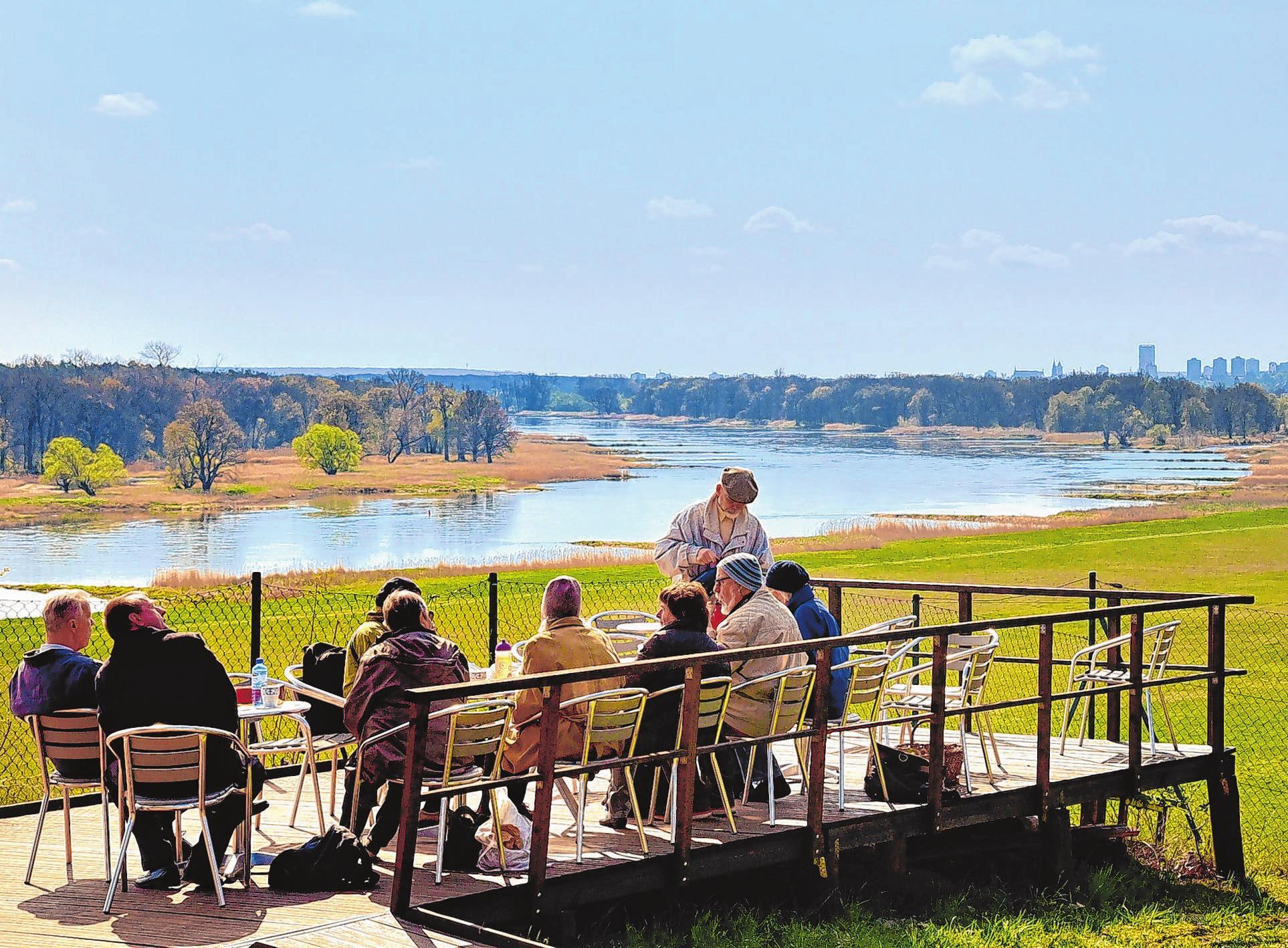 Die Europäische Naturerlebnisstätte in den Lebuser Oderbergen ist für große wie kleine Besucher ein beliebter Anlaufpunkt. Hier lassen sich tolle Sommerferien verbringen. Und von der Terrasse schweift der Blick bis nach Frankfurt
