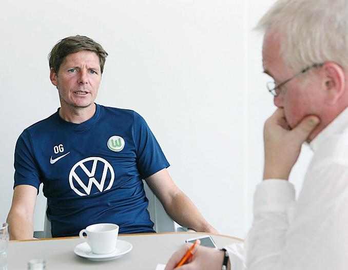 Im Gespräch: Oliver Glasner mit AZ/WAZ-Sportredakteur Andreas Pahlmann.