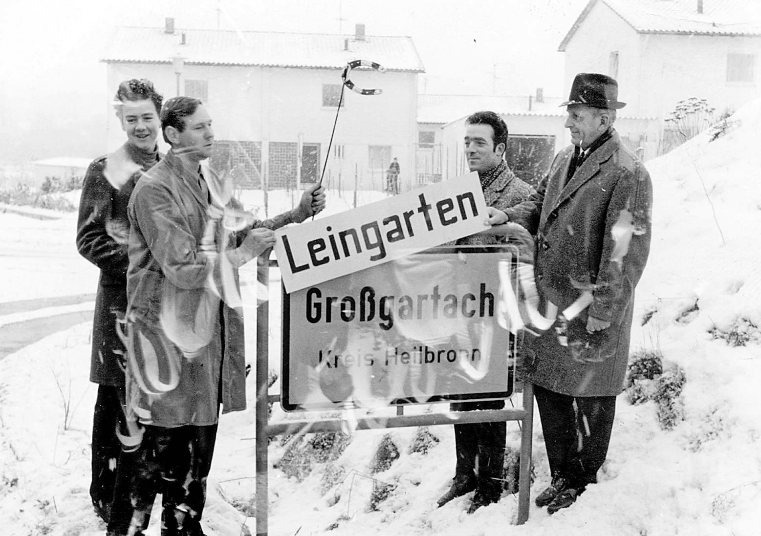 Blick zurück: Klaus Werner, Erich Landesvatter, Heinz Koch und Wilhelm Späth (v.l.) waren dabei, als 1970 aus Schluchtern und Großgartach Leingarten wurde. Fotos: Archiv/Staudinger