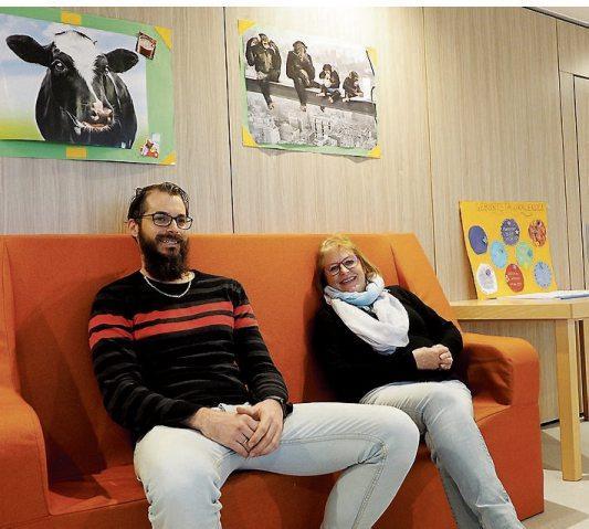 Die Bereichsleiter Rico Müller und Dorothea Rau freuen sich über die neuen Räumlichkeiten.