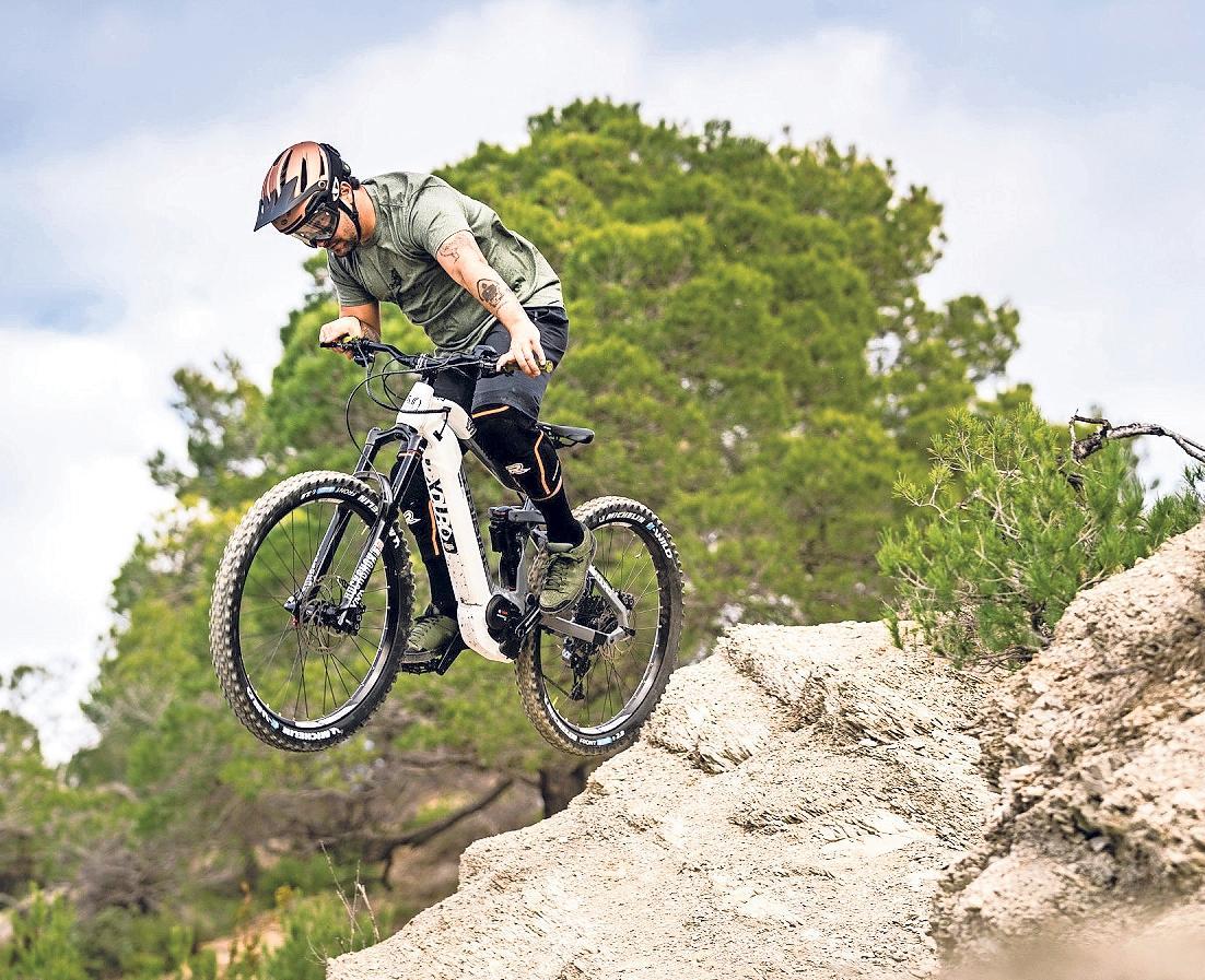 STARK DURCH STROM: Manche Mountainbiker schätzen die Unterstützung durch einen E-Motor.Foto: Stephane Candé/Haibike/pd-f/dpa-tmn