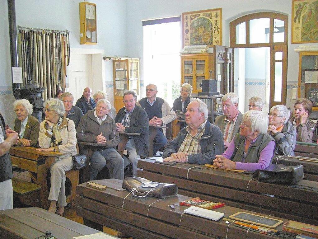Der Förderverein Sellener Landschule veranstaltet zum letzten Mal das Café vor dem Alten Rathaus.