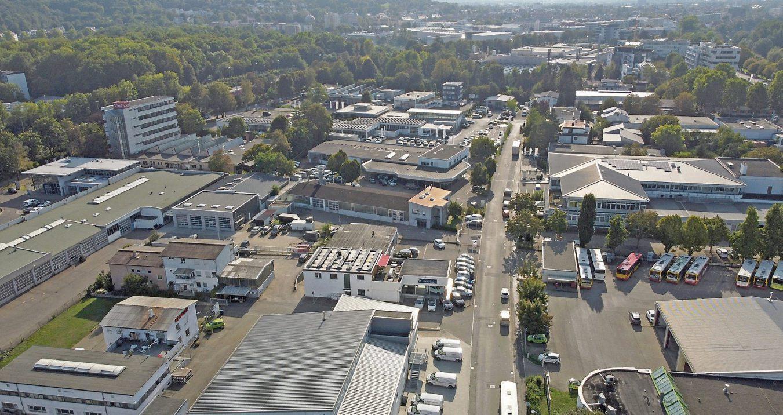 """Der """"Untere Wert"""" von zwei verschiedenen Himmelsrichtungen mit der Drohne fotografiert: Im Bild ist schön der Blick in die angrenzende Stadt zu sehen. Bilder: Uhland2"""