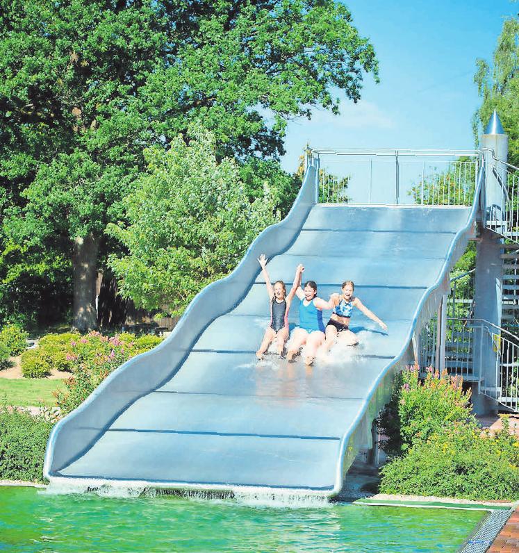 Der Badespaß ist wegen der Corona-Pandemie nur eingeschränkt möglich. Foto: djd/BDS/D. Köhler