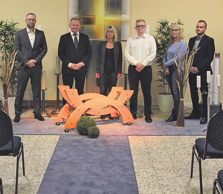Das Team in der modernisierten Trauerhalle Bild: srs