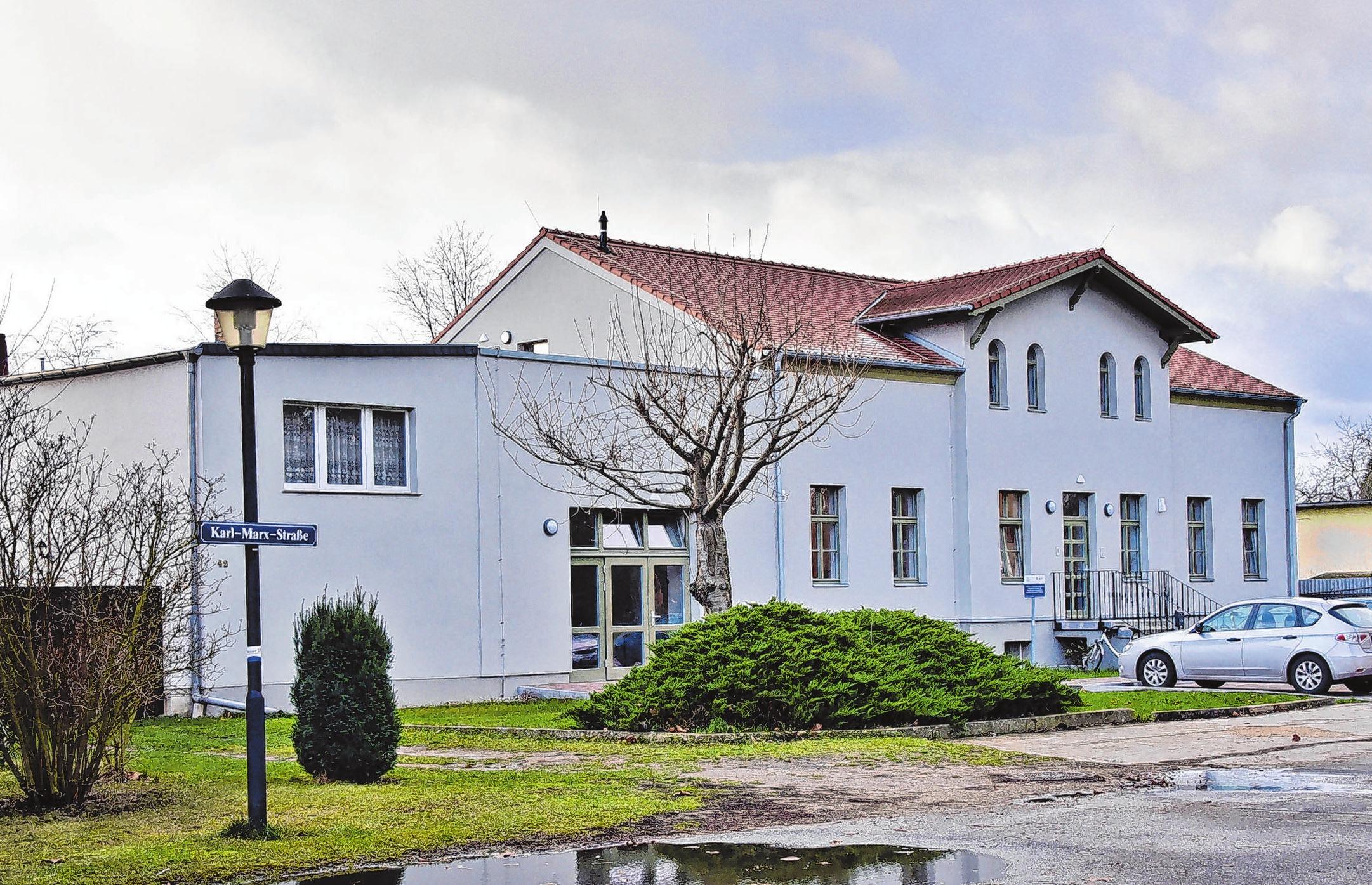 Soll jetzt mit Leben erfüllt werden - das neue Neutrebbiner Gemeindezentrum steht zur Übernahme durch die Bürger bereit.