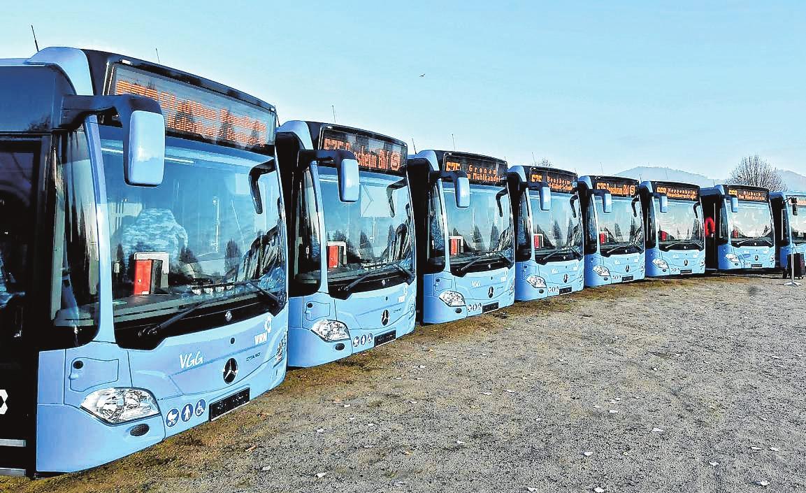 14 neue barrierefreie Busse setzt die Verkehrsgesellschaft Gersprenztal für den Nahverkehr in Bensheim und an der Bergstraße ein. | Bild: Dietmar Funck