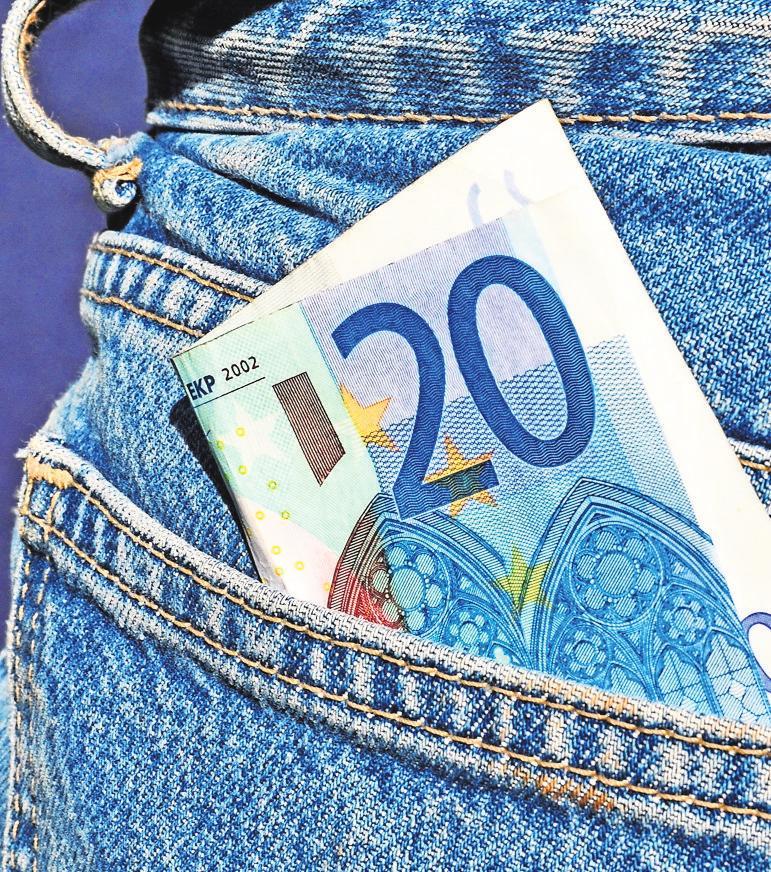 Geldfragen? Dafür gibt es Experten vor Ort. Foto: z/Dr. Klaus-Uwe Gerhardt/Pixelio.de