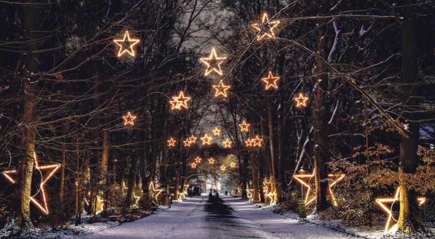 Beeindruckende Illuminationen und musikalische Untermalungen begleiten die Besucher auf einen zwei Kilometer langen Rundweg