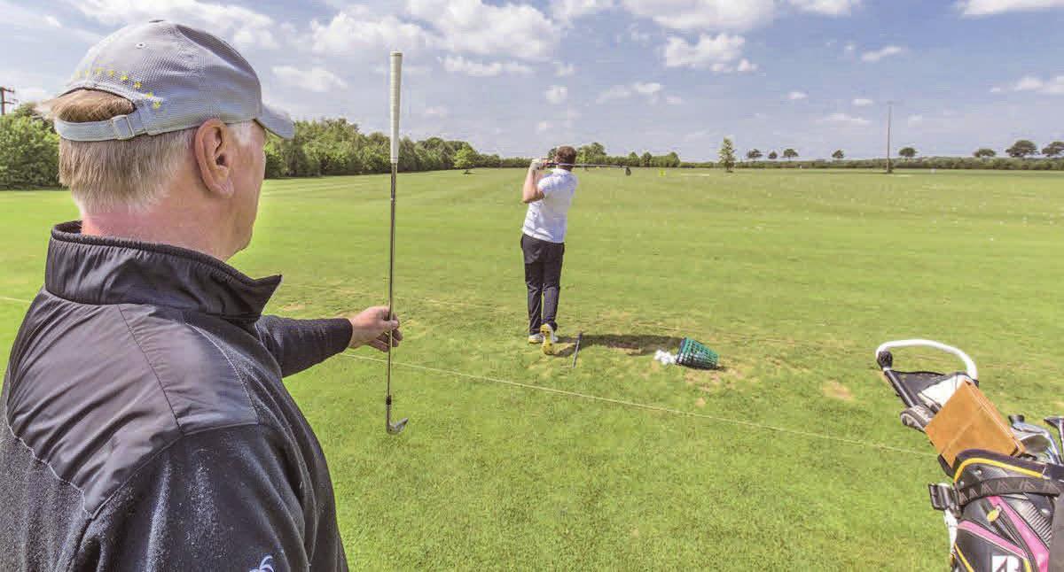 Die Golfschule bietet neben Einzeltraining wieder Kurse an. Foto: Golfclub Peine-Edemissen