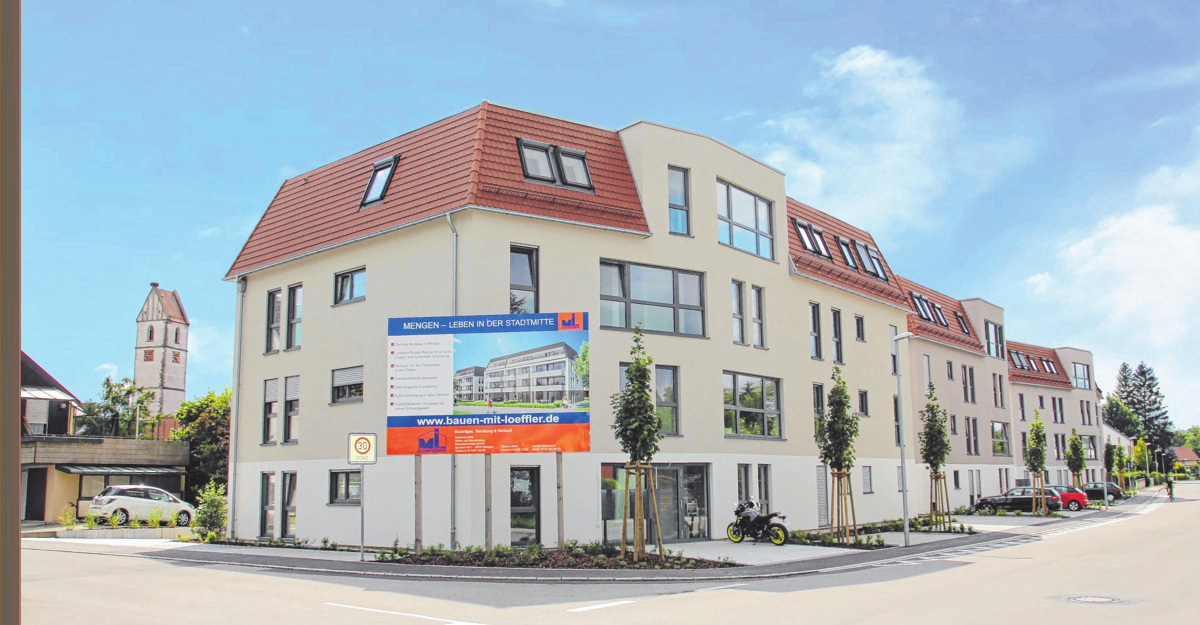 Das neue Wohnesemble integriert sich optimal in die Stadtmitte von Mengen. FOTO: LÖFFLER / ALBERT UNGER