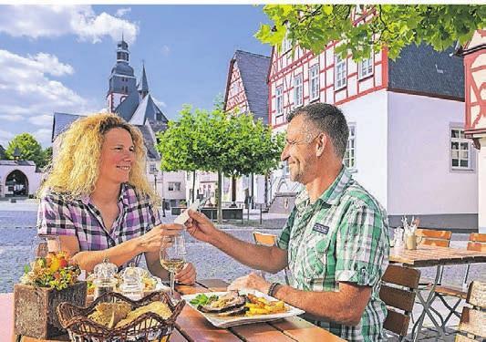 Ein leckeres Essen nach einer erlebnisreichen Tour. Foto: Klaus-Peter Kappest