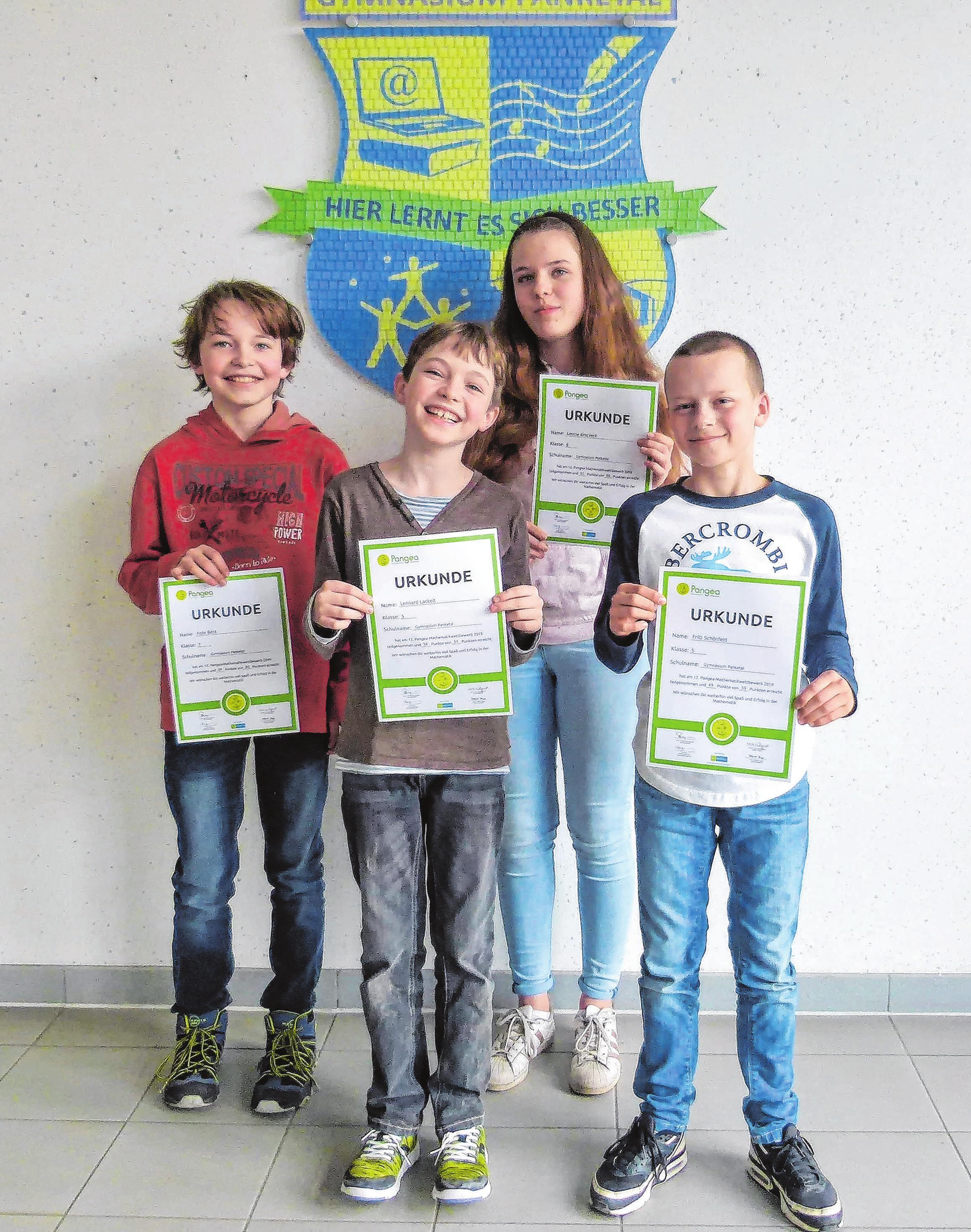 Felix, Lennard, Leonie und Fritz (v. l.) nahmen am Pangea-Wettbewerb teil. Foto: Gymnasium Panketal