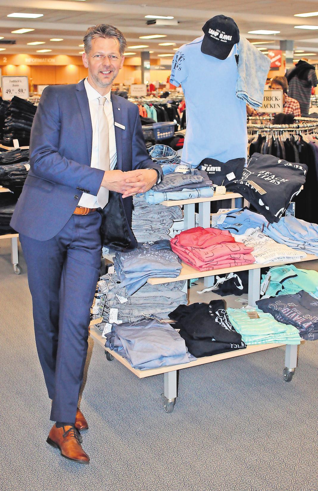 Michael Weiß leitet seit diesem Jahr das Holtex-Haupthaus in der Posener Straße.