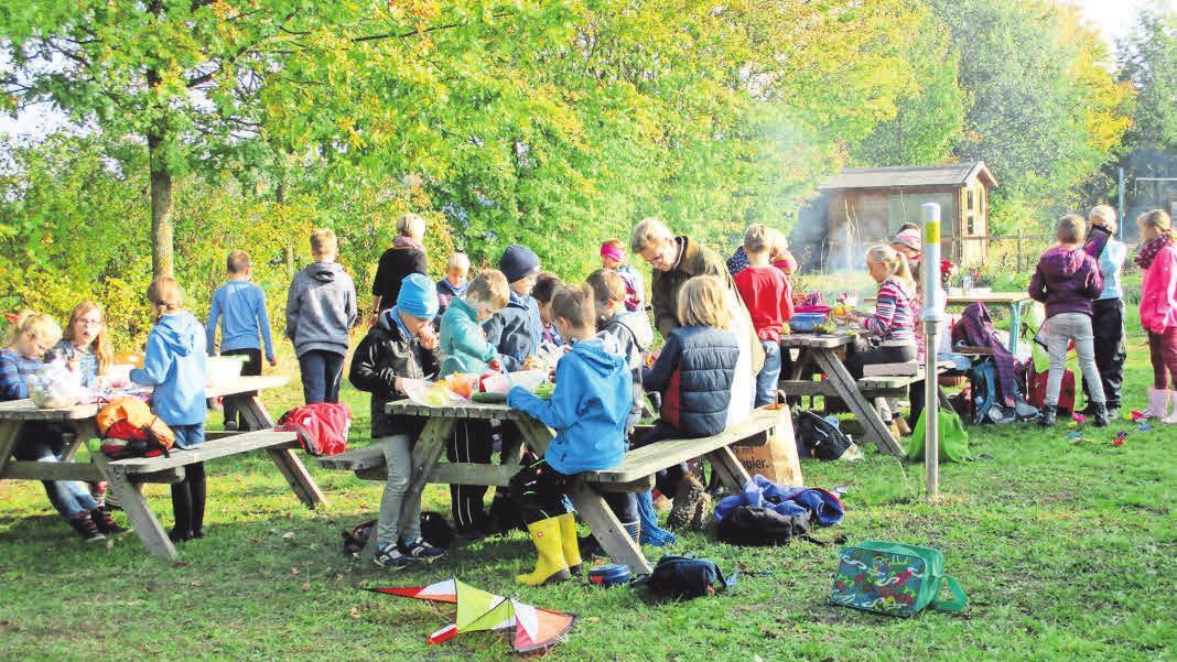 Der Verein Kalkhorster Kinderkram e.V. unterstützt die Interessen der Kinder und Jugendlichen in der Gemeinde.