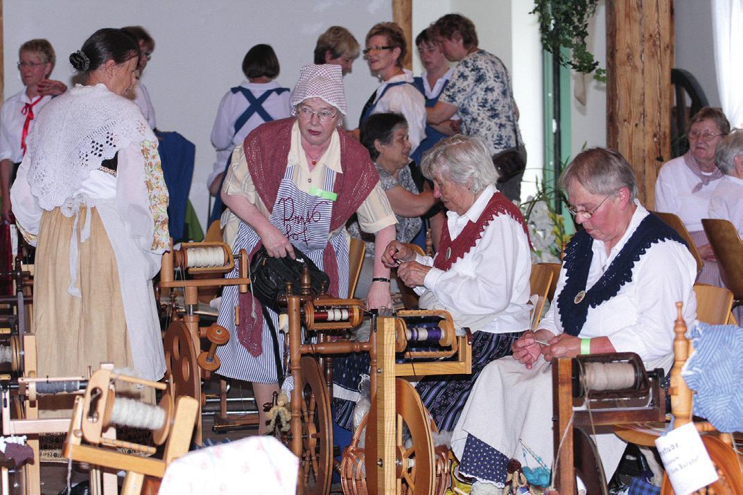 Im Jahr 2010 hat die Gr. Oesinger Spinnstube das Niedersächsische Spinnfest ausgerichtet – mit Erfolg, wie man sieht.