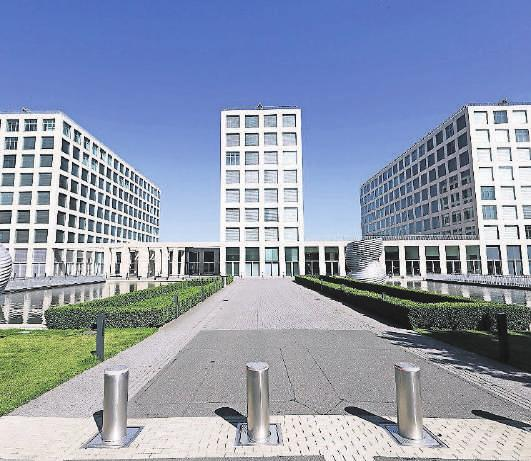 Bei der Barmenia – hier die Hauptverwaltung in Elberfeld – sind aktuell rund 90 Prozent der Mitarbeiter im Homeoffice.