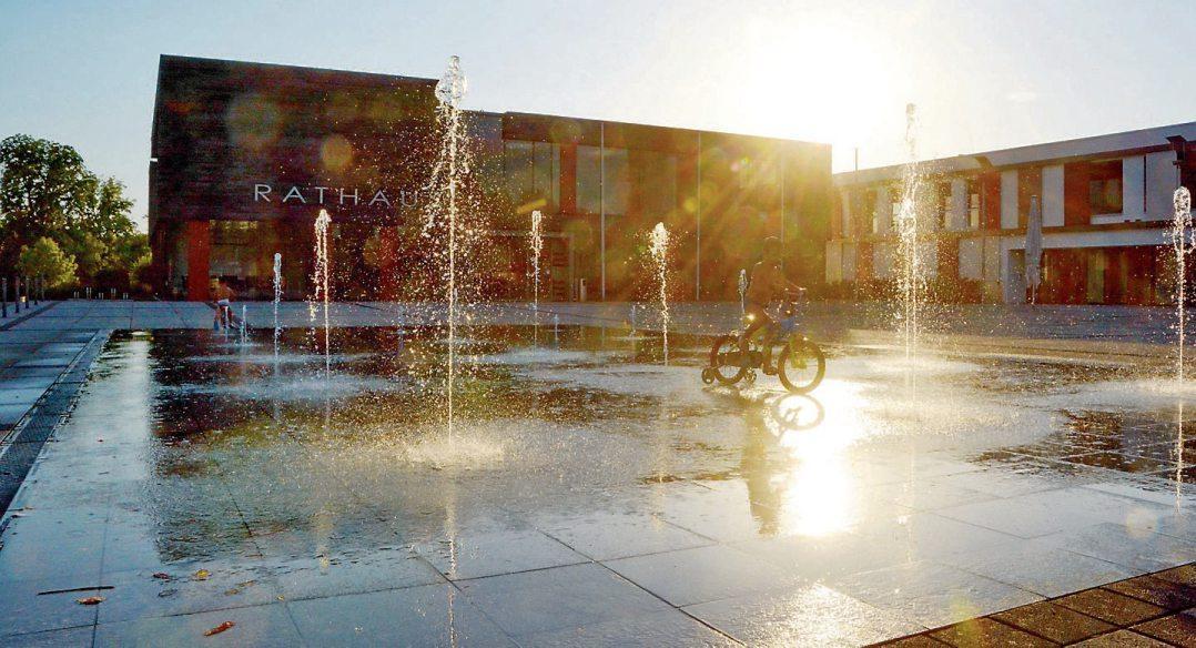 Wasserspiele beim Rathausplatz. Bild: Gemeinde Dußlingen