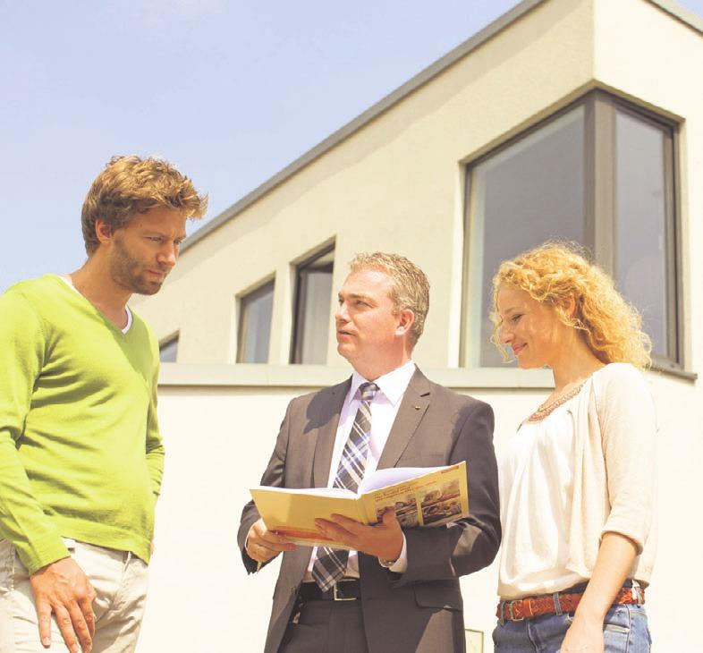 Bauherren sollten während der Finanzierung bei sich verändernden Rahmenbedingungen frühzeitig mit der Bank reden. Foto: Bausparkasse Schwäbisch Hall