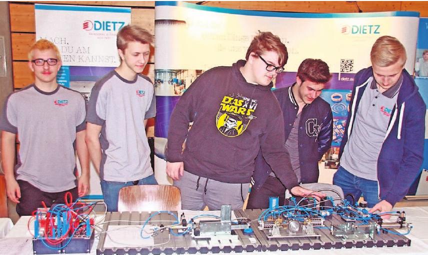 In der Neustadter Frankenhalle öffnet die NEC-Azubi bereits seit 13 Jahren ihre Pforten für den Ausbildungsmarkt. Foto: Tischer