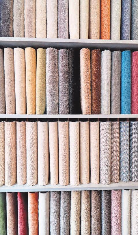 Neben Laminat, Parkett und Kork haben die Seniorenmaler auch hochwertige Teppichböden im Programm.