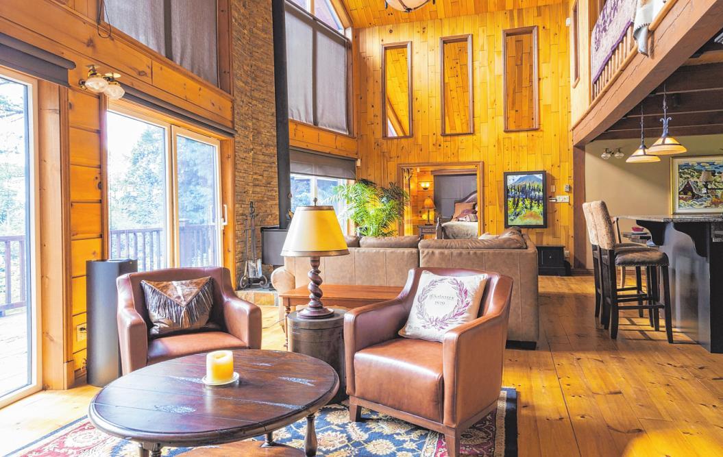 In weiten Teilen Kanadas setzt man auf rustikale Gemütlichkeit und viel Holz. FOTO: PA/PERRY MASTROVITO