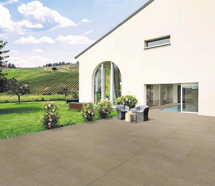 PRAKTISCH UND SCHICK: Außenfliesen sind ideale Alternativen zu Beton oder Holz auf der Terrasse. Atlas Concorde
