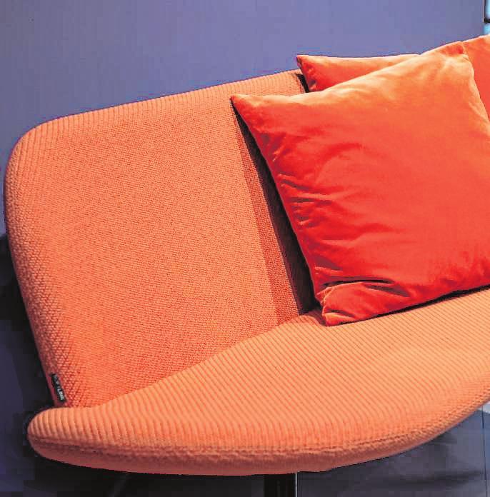 Koralle ist laut dem Farbinstitut Pantone eine Farbe, die gleichzeitig beruhigt und Energie spendet.