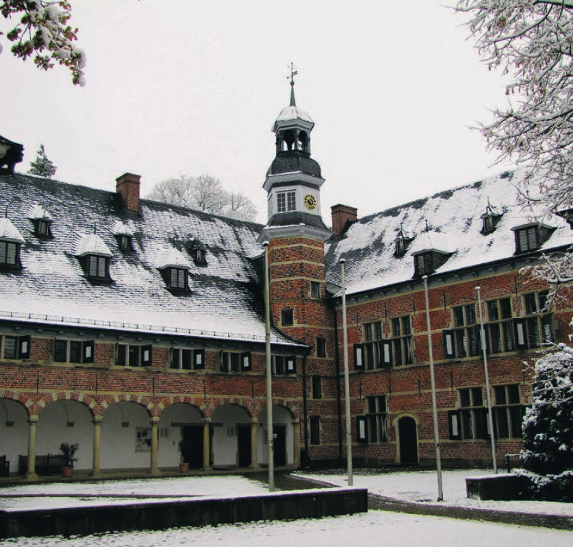 Das Reinbeker Schloss bietet im Winter eine Vielzahl von Kulturveranstaltungen Foto: str