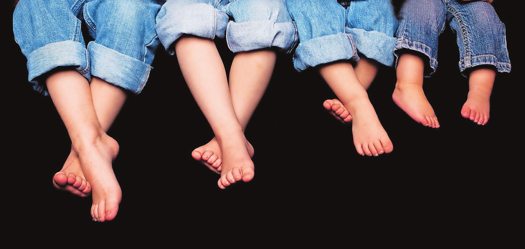 Zeigt her eure Füße: Podologen pflegen und korrigieren Fehlstellungen professionell.FOTO: NICOLEMIRANDA/PIXABAY