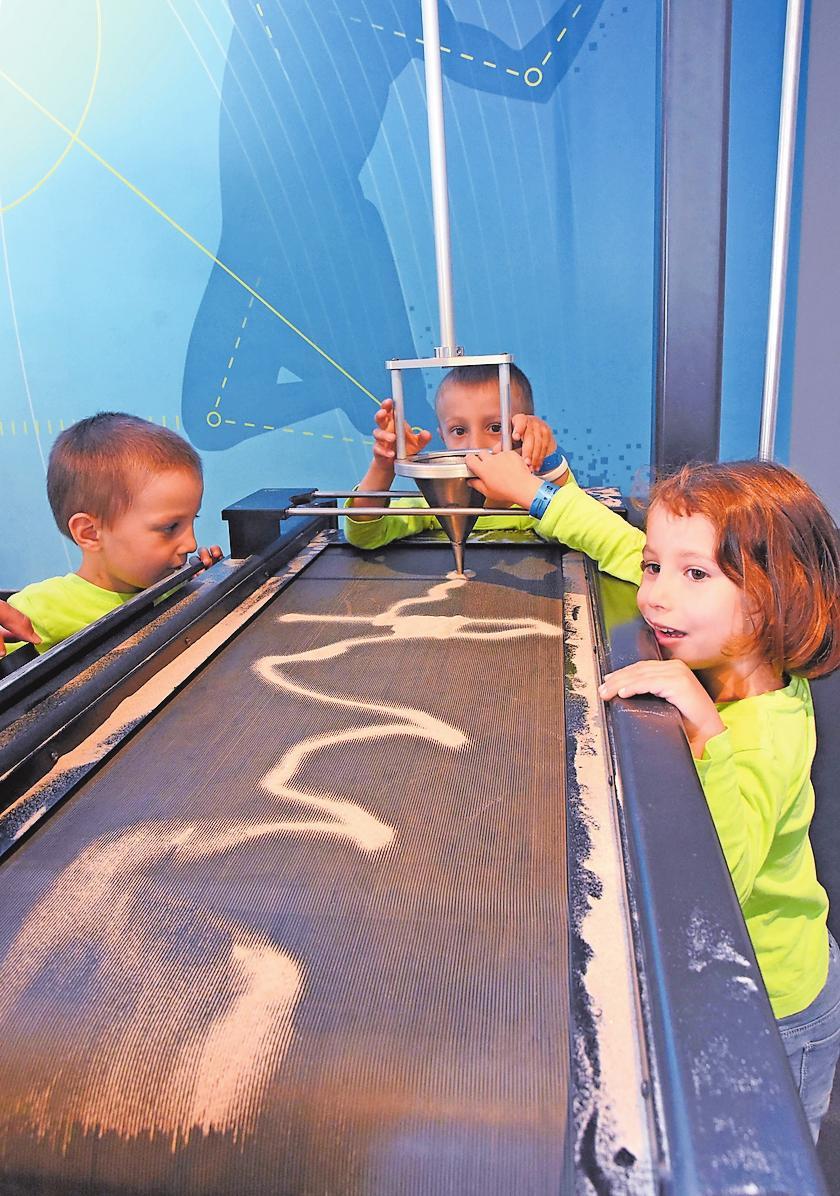 Entwickelt Zugkraft, nicht nur bei Kindern: Das Dynamikum in Pirmasens lockt Besucher von weither in die Stadt. Dass die sich auch in der Fußgängerzone wohlfühlen, dem gilt das Augenmerk der Wirtschaftsförderung und des Citymanagements. FOTO: HAMM