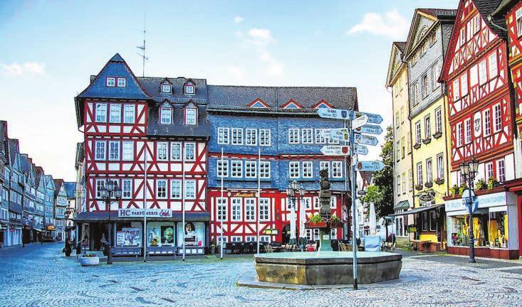 Die romantische Altstadt ist das ganze Jahr über ein absoluter Publikumsmagnet und wird von den Menschen sehr geschätzt.