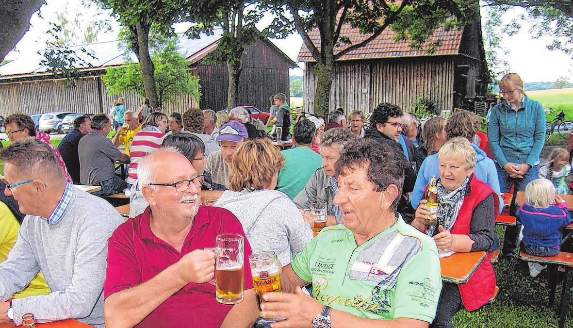 Zwischen 300 und 400 Besucher finden alljährlich den Weg zum Dorffest. Foto: Archiv/Ernst-Walter Hug