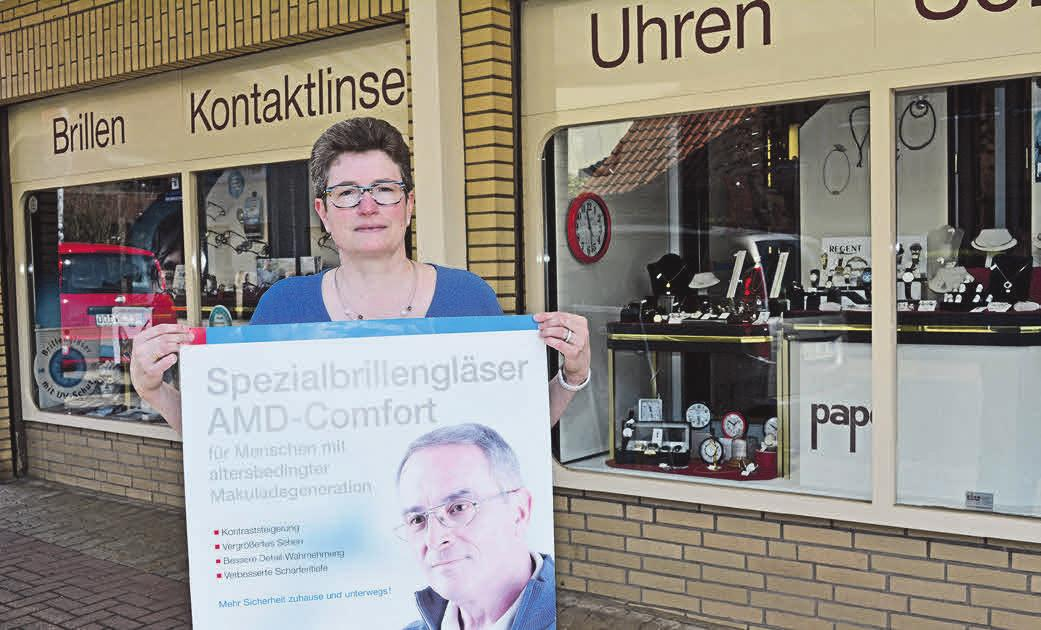 Antje Timpe, Inhaberin von Pape-Optik.