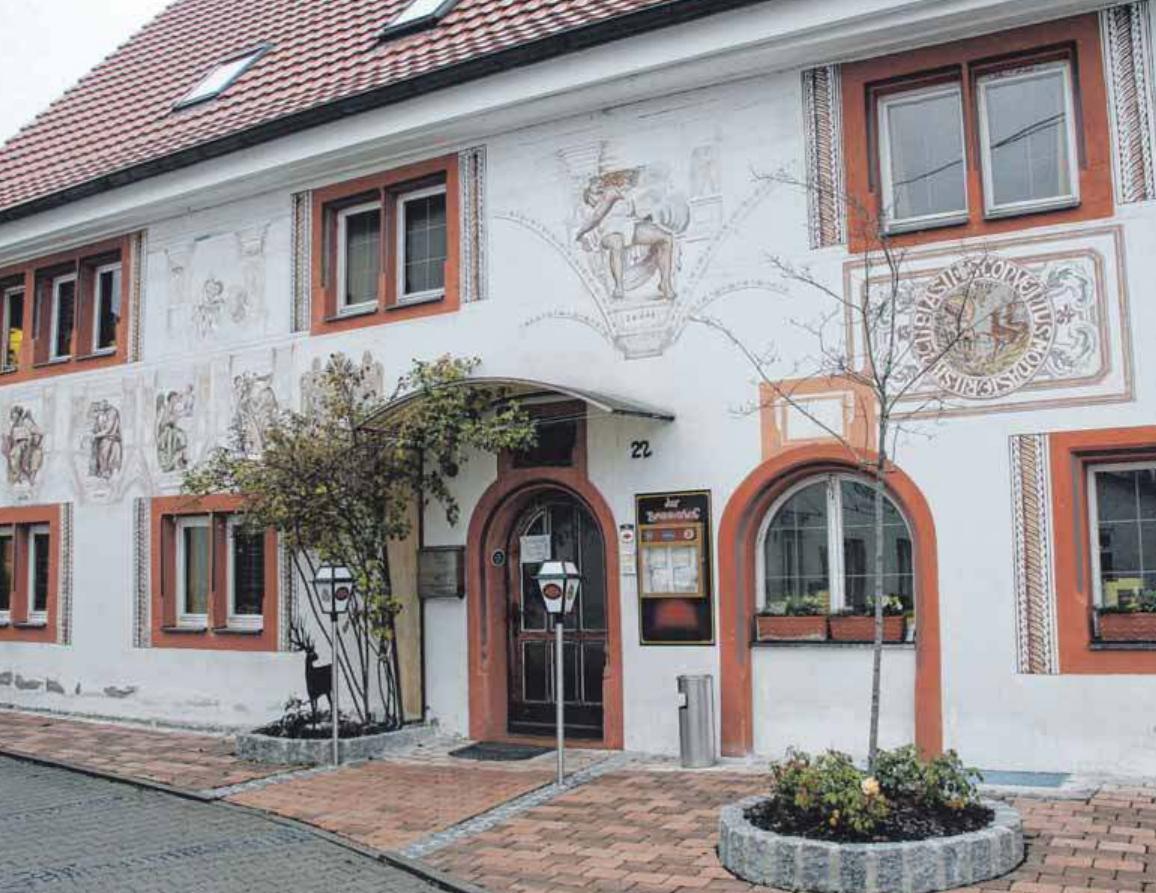 """Seit zehn Jahren ist der historische Brennerhof """"das"""" Gasthaus in der Immendinger Ortsmitte. Gefeiert wird am 5. Dezember.FOTOS: STECKELER"""