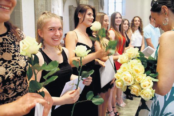 Abschlussfeier der neuen Kantonsschule Aarau.