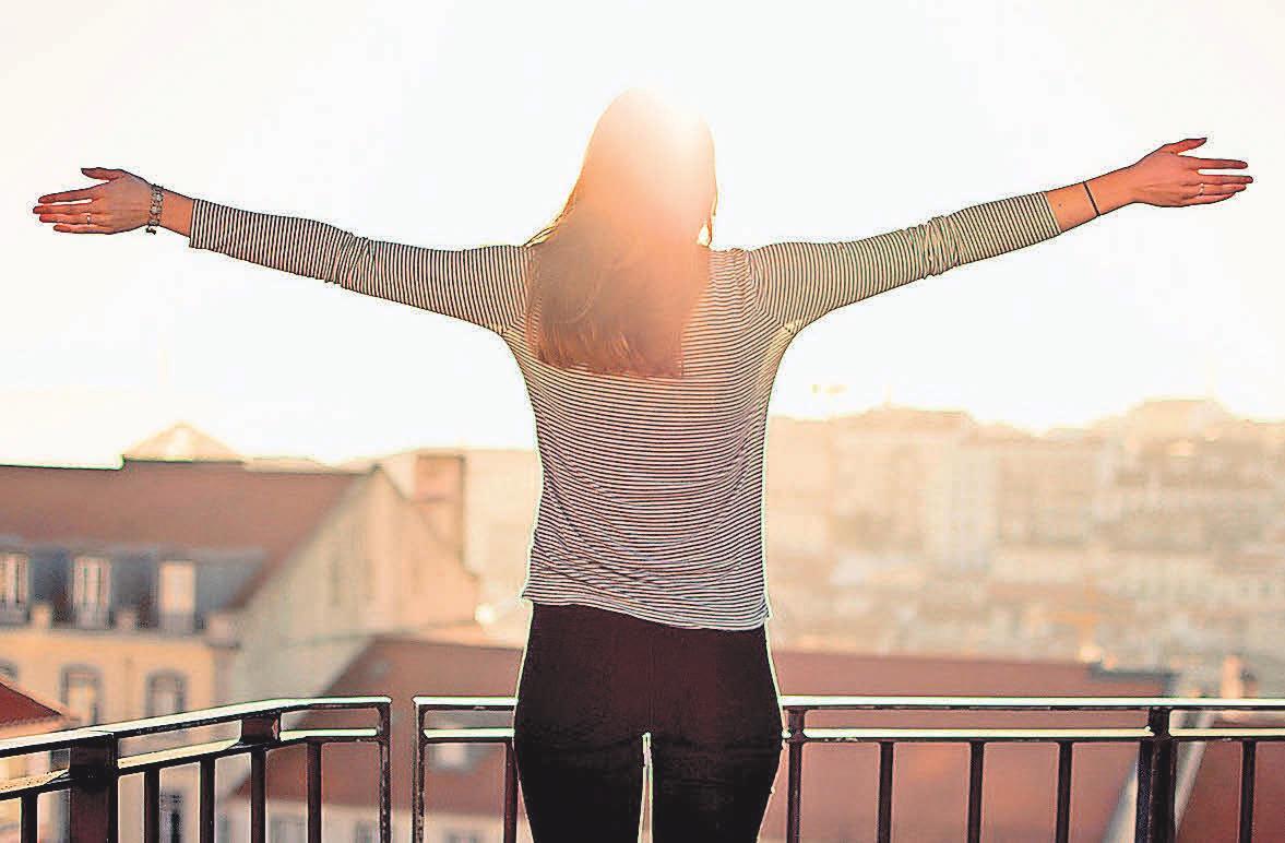 Ein Balkon ist der ideale Ort zum Entspannen.