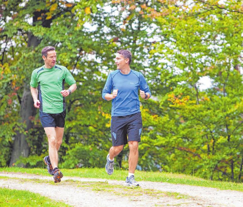 Rückenschmerzen lassen sich mit regelmäßiger körperlicher Aktivität vermeiden.FOTOS: COLOURBOX