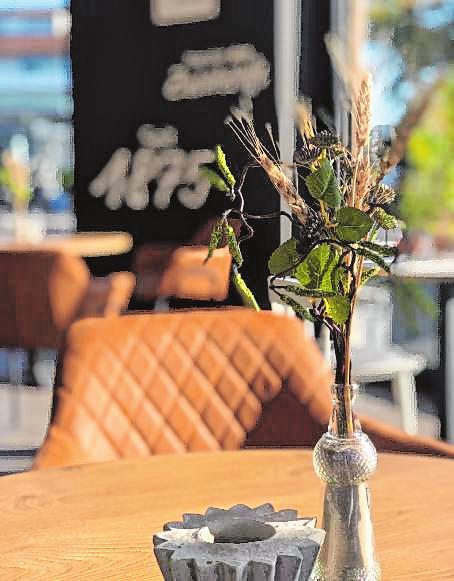 Das neue Café bietet Wohnzimmer-Atmosphäre mit Liebe zum Detail.