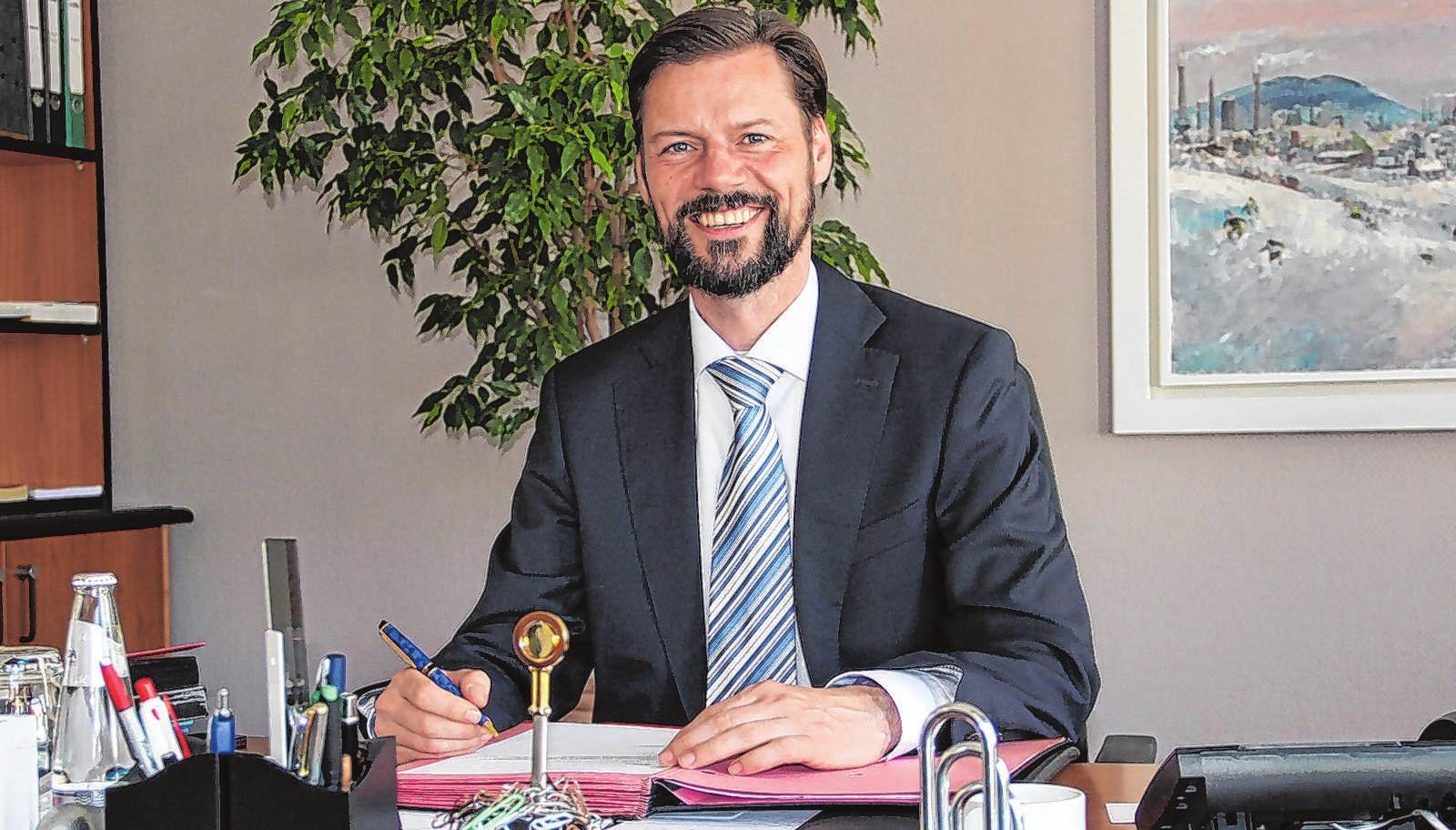 Bürgermeister Matthias Rudolph lädt zum Besuch der Ausbildungsbörse ein. Foto: Stadtverwaltung