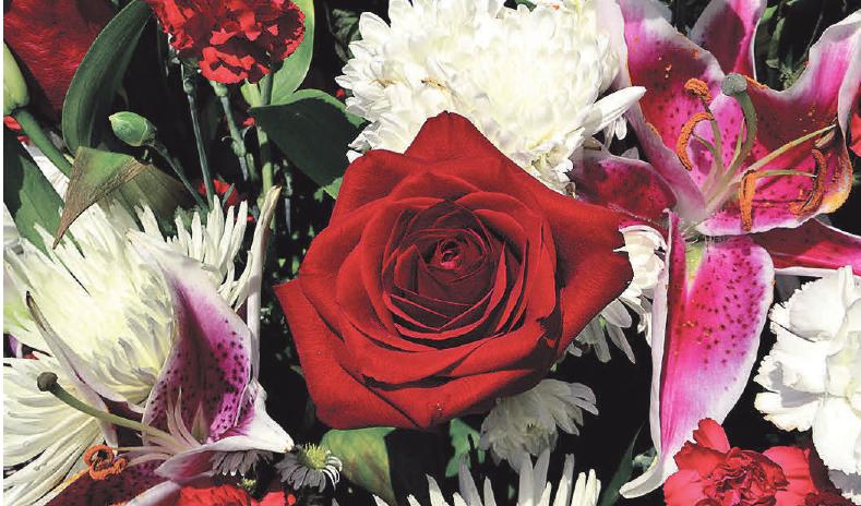 Ein schönes Blumengesteck sorgt für einen würdevollen Abschied. Foto: Pixabay.de