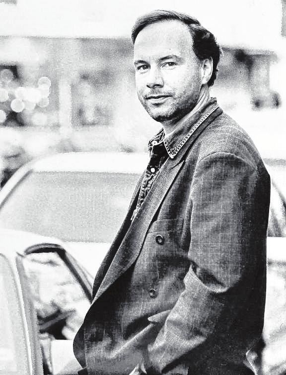 """Nico Hofmann 1996 – da hatte er mit dem """"Sandmann"""" seinen ersten großen Erfolg schon gelandet. BILD: MANFRED RINDERSPACHER"""