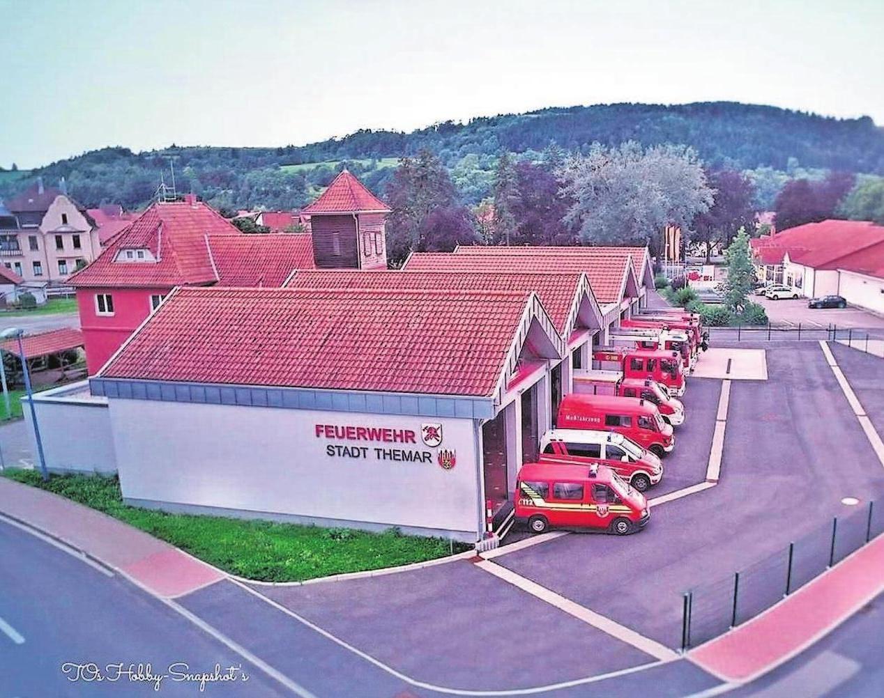 Ganz modern saniert, um- und neugebaut: Von hier aus agieren die Kameraden der Feuerwehr Themar in der Stadt sowie in der VG Feldstein mit 17 Gemeinden.