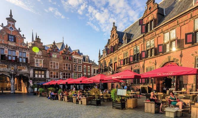 Der große Markt in Nimwegen.
